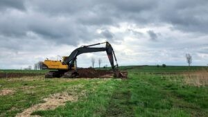 odhumusowanie terenu, Trwają prace nad odhumusowaniem terenu
